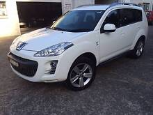 7 SEAT PEUGEOT 4X4 WITH LOW KM Thornleigh Hornsby Area Preview