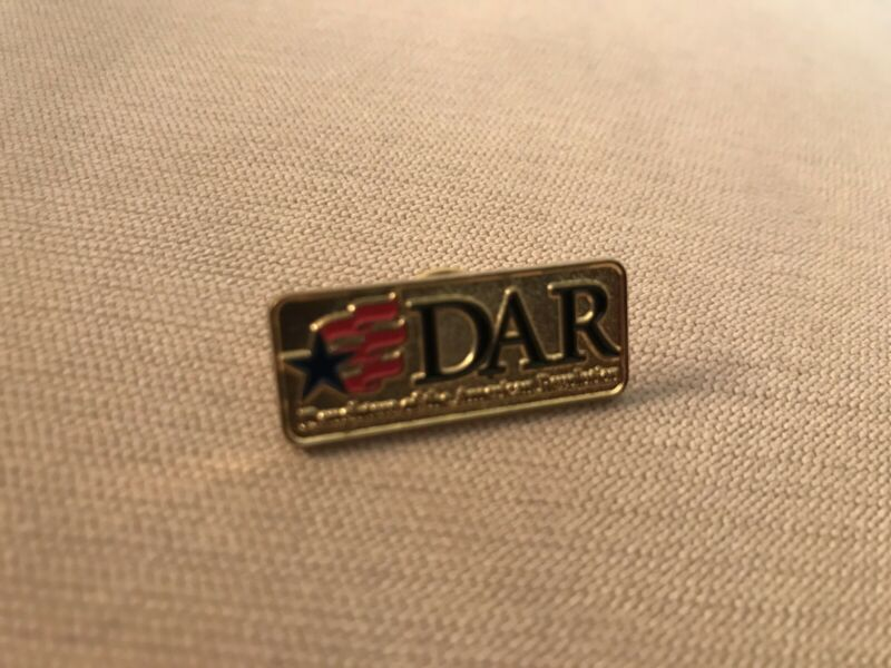 DAR Daughters of the American Revolution Logo Flag Star Pin Red & Blue - NEW