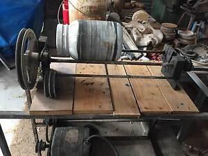 gemstone tumbling machine
