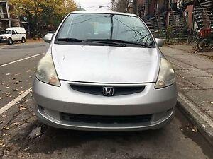Honda Fit 2007 4000$
