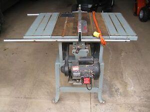 Delta 10 Inch Contractor Saw : Delta Model 10 inch Contractor tilting table saw