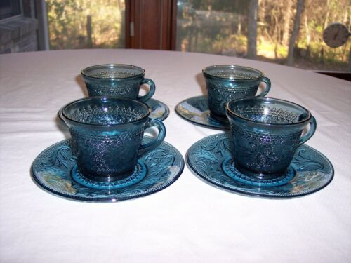 Set of 4 Tiara Sandwich Colonial Blue Cups & Saucers
