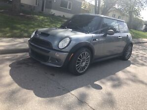 2006 Supercharged Mini Cooper S- Trades Welcome