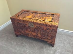 NEW PRICE: Chinese wooden trunk - vintage blanket box