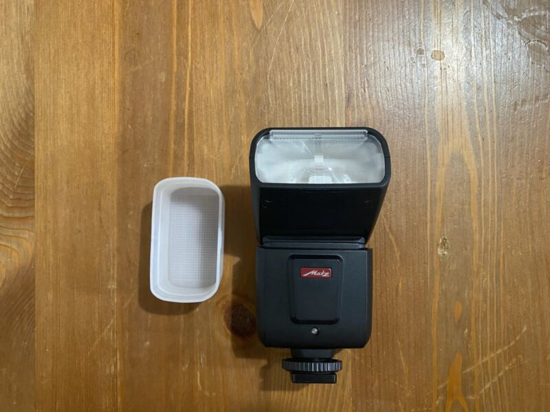 Metz Mecablitz M360 for Sony with diffuser and case - GREAT CONDITION!