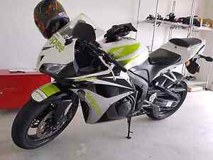 PRICE DROP* limited edition CBR600RR Warner Pine Rivers Area Preview
