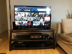 Moving Sale / Tv stand