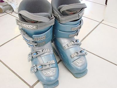 - Womens Ski Boots size EUR 40 US size 6.5 Nordica 10W easy move baby blue