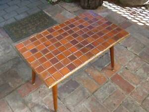 Coffee Table - Mid Century Modern / Retro (1960s) Classic Cigar Legs