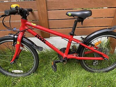 "Frog 52 Red 20"" Kids Hybrid Bike"