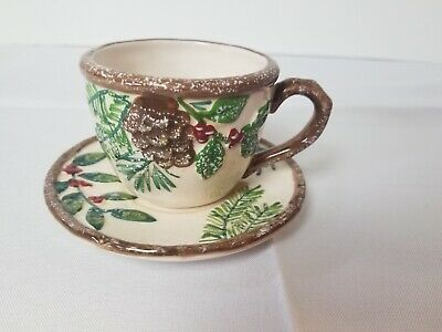Yankee Candle Greenery 2012 Cup and Saucer Winter Pinecone Tree Berries