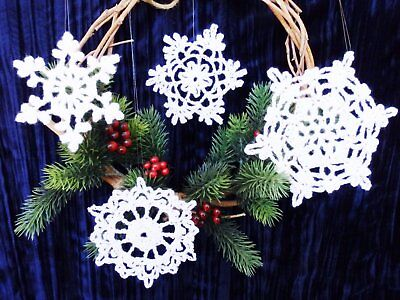 naments (Set of 4) - Handcrafted/Christmas/Lacy - (Set