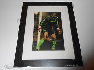 Chelsea-F-C-Hand-Signed-Petr-Cech-Photo-Display-Framed