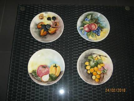 Wall Hanging Fruit Plates x 7