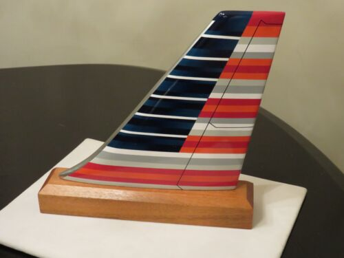AMERICAN AIRLINES NEW LIVERY US AIRWAYS WOOD DESK MODEL TAIL AIRPLANE PILOT NEW