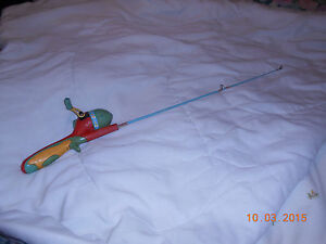 Fishing pole barbie vintage full size pole not for dolls for Barbie fishing pole