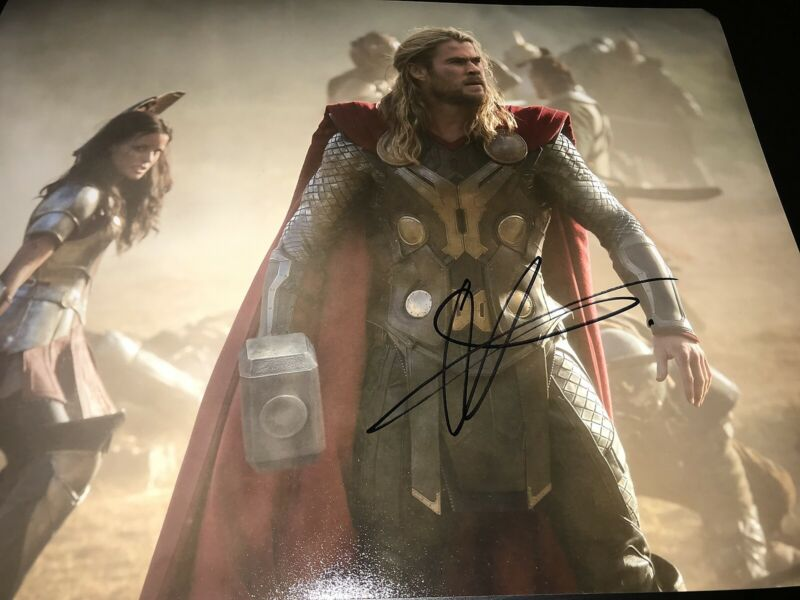 CHRIS HEMSWORTH SIGNED AUTOGRAPH 11x14 THOR AVENGERS INFINITY WAR END GAME COA F