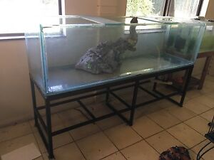 6ft fish tank and stand Ballajura Swan Area Preview