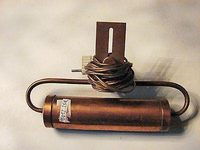 98 02 ANCIENNE LAMPE DE TABLEAU C12.
