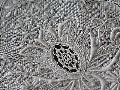 Vtg Antique Heavily Hand Embroidered Bridal Wedding Handkerchief Exquisite Exc