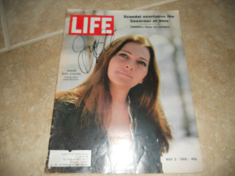 Judy Collins Signed Autographed 1969 Life Magazine Cover Photo PSA Guarantee