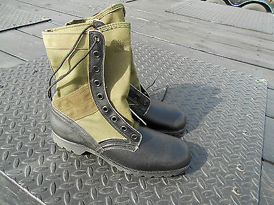 Size 9 N   Narrow Genesco  Jungle Boots  Military  Surplus Spike Protected Army