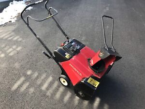 Honda HS621 Single Stage snowblower