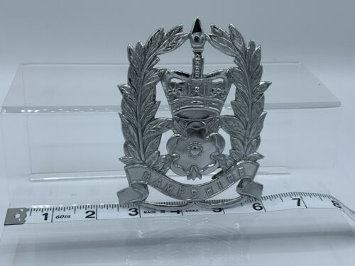 Obsolete Hampshire Constabulary England Police Hat Badge/Pin UK