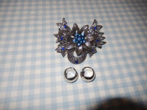 SCARF JEWELRY - METAL - SILVER WITH BLUE CRYSTALS/PEARLS PIN & TWO SILVER BEADS