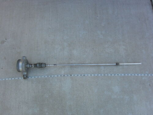 """Robertshaw 305-A1 1""""x28½"""" Level Control transmitter, Missing Cover, Used"""