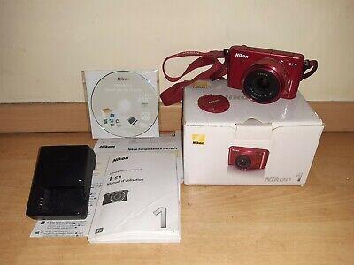 Appareil photo numérique Nikon 1 S1 + Objectif Zoom Nikon 1 NIKKOR  11-27,5 mm
