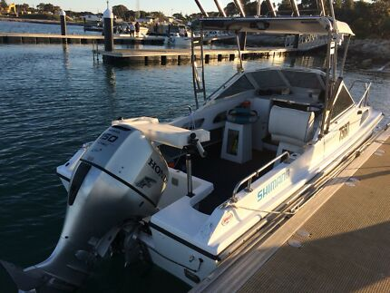 21ft Fishing Boat Four Stroke 150hp Furuno Maxwell Seastar Honda