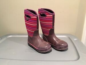 Girls Bogs Winter Boots for Sale - size 3