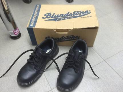 Black steelcap shoes - Women Ballajura Swan Area Preview
