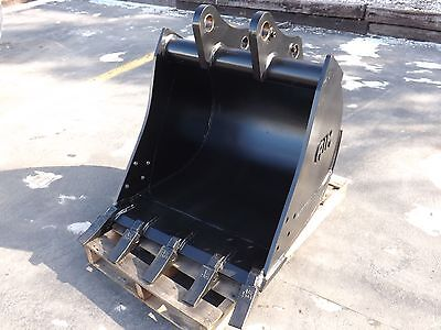New 30 Backhoe Bucket For A John Deere 410k With Coupler Pins