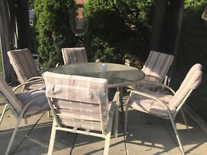 Patio set and 6 chairs