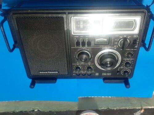 National RF 2800 B (DR 28) Shortwave FM AM Radio fully working Great condition
