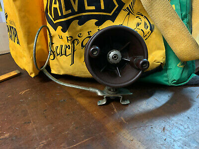 """Vintage Alpha 4"""" Fishing Reel Full Bakelite Australian Made 1950's"""