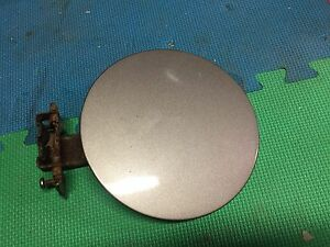 1999-2007.5 GMC Sierra Gas cap door