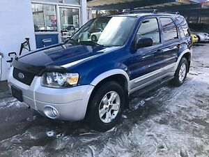2007 Ford Escape XLT LOADED LEATHER REMOTE START!