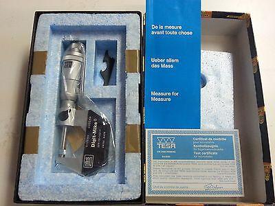 Brown And Sharpe 599-10-100-1 Digit Micrometer 0-25mm .002mm