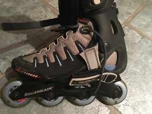 Women's Size 9 Roller Blades! Brand New, Used Once!