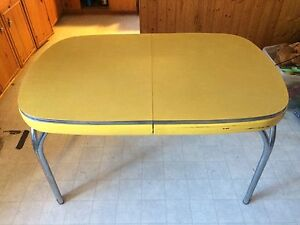 Retro Formica top table & 4 chairs $150
