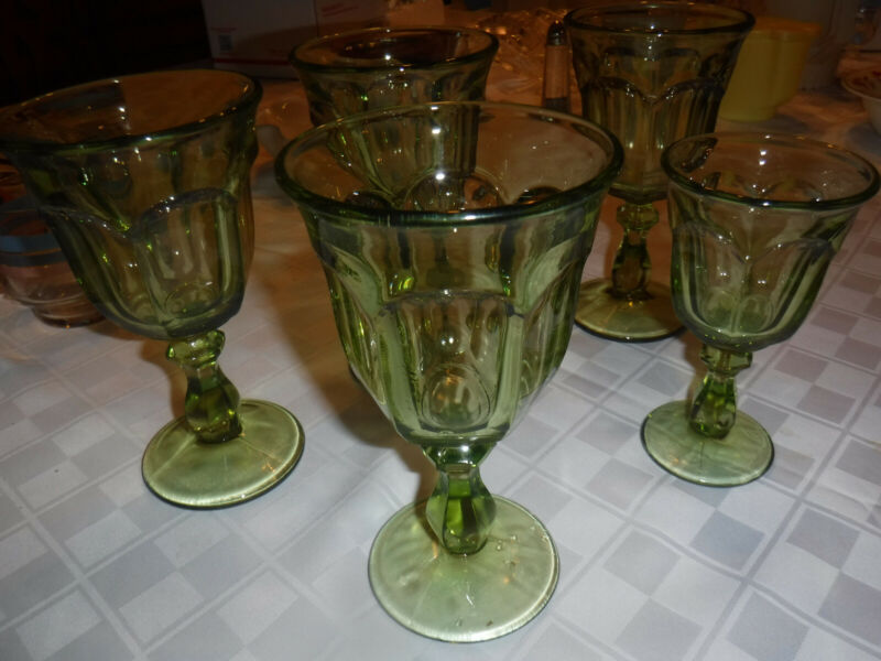Water Goblet Old Williamsburg Verde Light Green Imperial Glass Set of 4