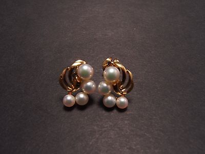 Mikimoto 18K Yellow Gold 3~5mm Pearl Leaf Earrings - Very Good