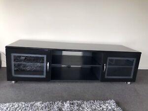 Black TV/entertainment unit