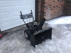 Yardworks 30inch snowblower 10hp