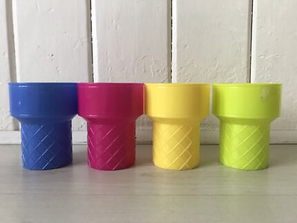 TARGET PLASTIC ICE CREAM CUPS X4, AS NEW