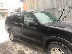 Ford Explorer AWD