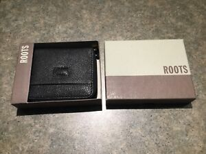Brand new real leather ROOTS wallet